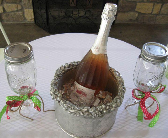 Bride/Groom Toasting Glasses