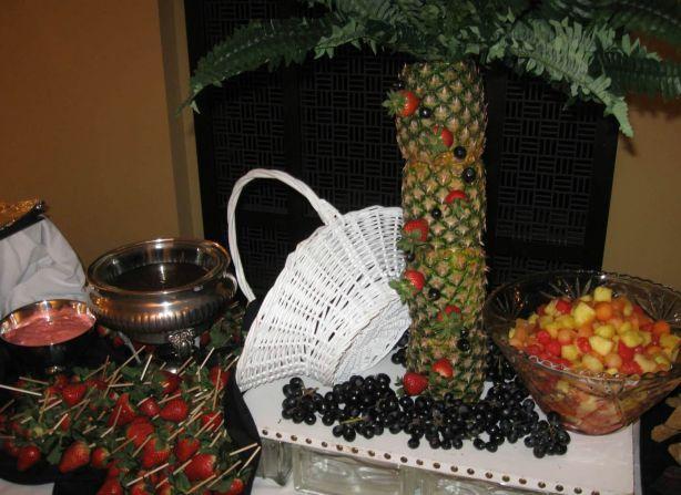 Fresh Fruit Fondue