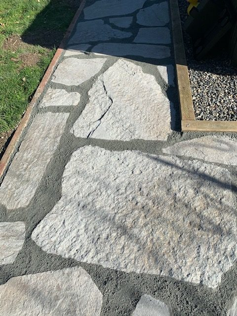 best material to put between flagstone