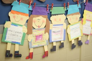 Graduation Kid Craft and Kindergarten Freebies