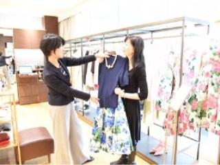 イメージコンサルタント 渡辺千晶「ショッピング同行」写真