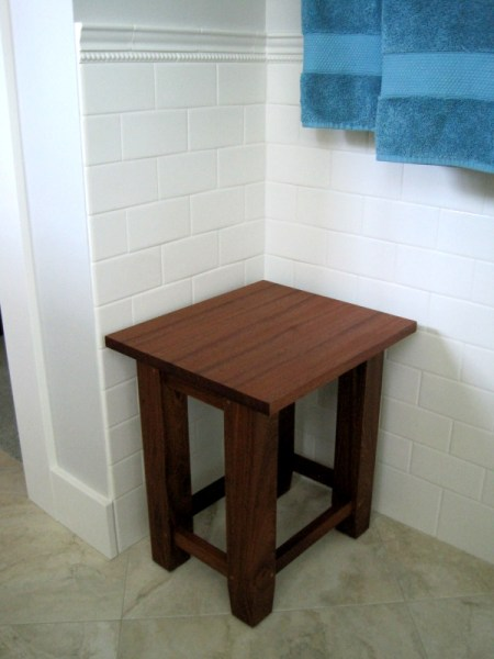 2013-10, bath stool