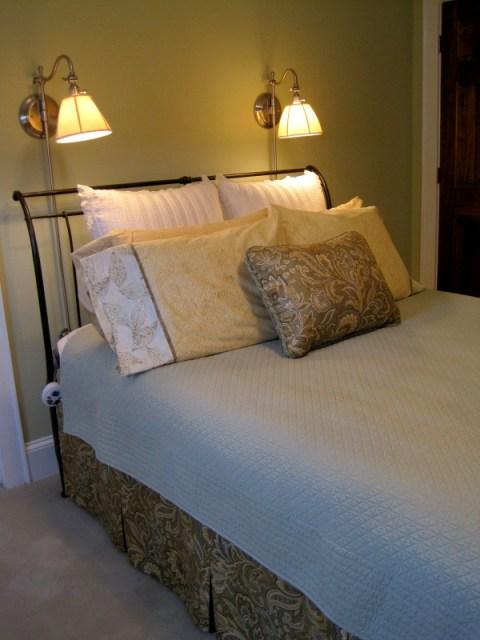 Diane's new pillowcases en suite
