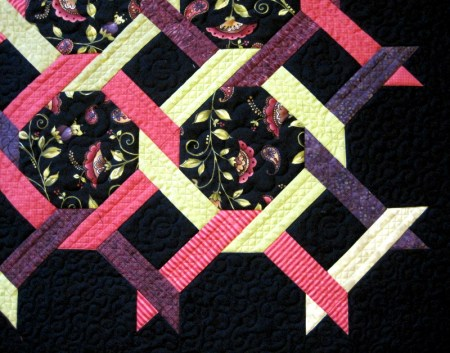 2014-1 Square Dance quilting detail