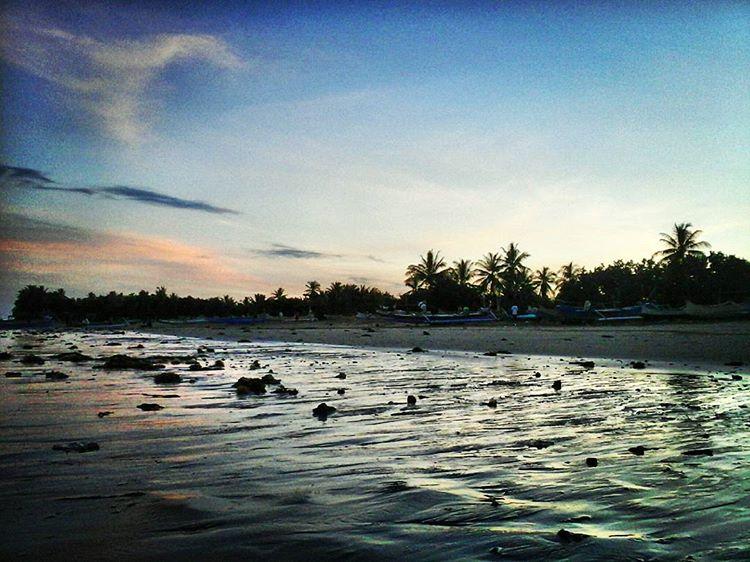 Pantai Labuan Haji, foto IG oleh @andinipratiwi75
