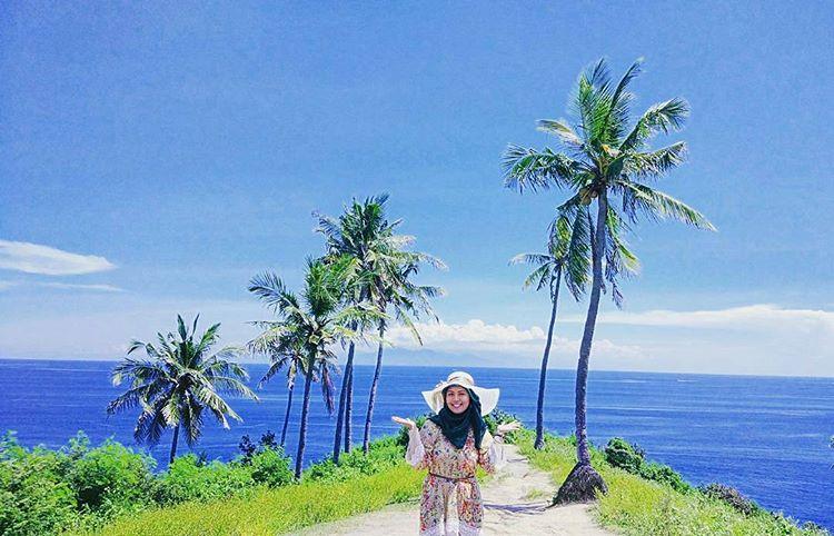 Pantai Nipah Lombok
