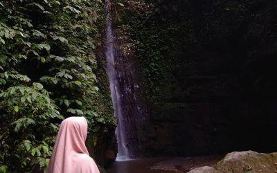 Pesona Air Terjun Jeruk Manis Lombok