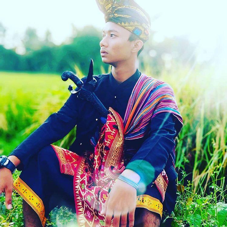 Mengenal Pakaian Adat Suku Sasak Lombok | Paket Wisata Lombok 2020