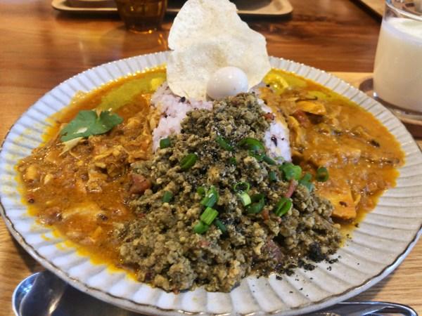 彦根のカレー界に新たな新風 カレー食堂 ジャンゴ