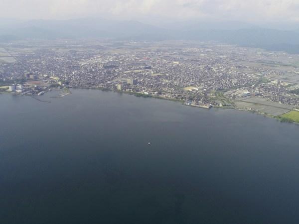 琵琶湖長浜エリア空撮。4km先でドローンを見失う