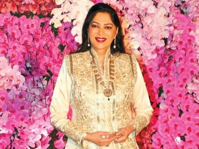 Simi Garewal bold actress of Hindi cinema