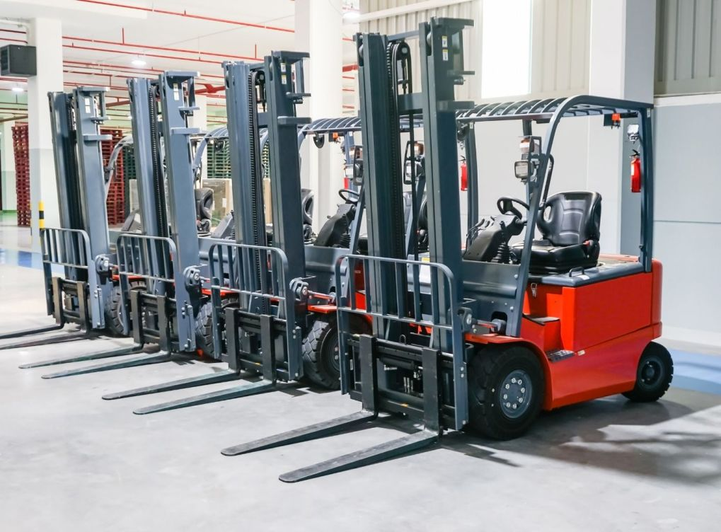 Common Uses for Forklifts in Business