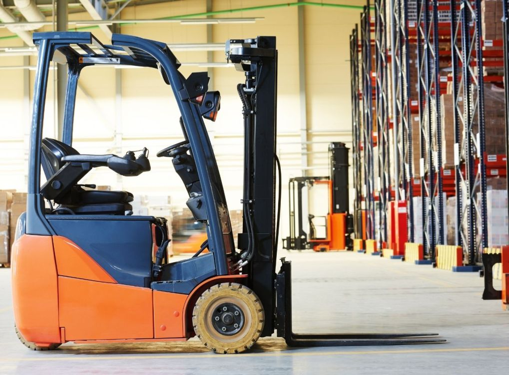 Reasons To Consider Electric Forklifts