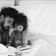 dad-and-daugher-reading