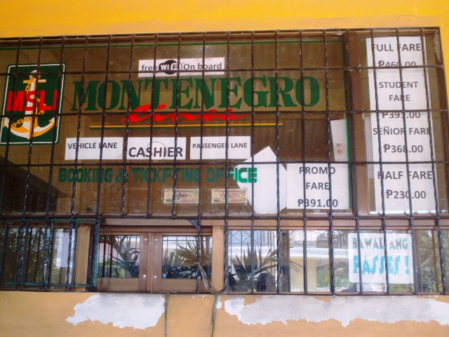 The window at the Montenegro ticketing office.