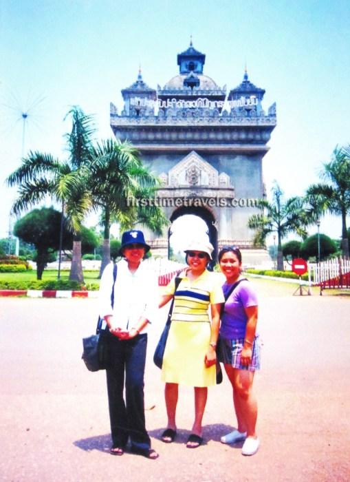 Patuxai ASEAN Laos