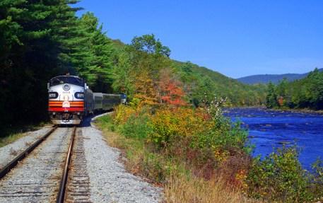 Riverside - Fall Colors. Photo: Greg Klingler