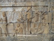 relief di dinding candi