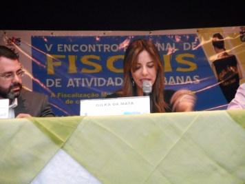 Promotora de Justiça Gilka da Mata fala aos Fiscais de Atividades Urbanas