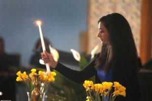 Refugee activists honored as Holocaust ceremony affirms bonds