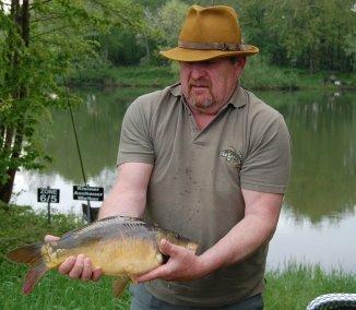 Helmut mit seinem Fang