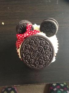 Minnie Mouse cupcakes - ingenious