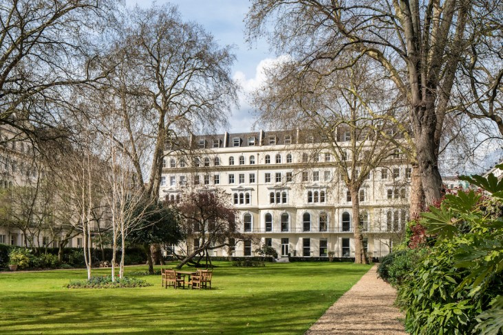 86-92 Kensington Gardens Square by Joas Souza Photographer