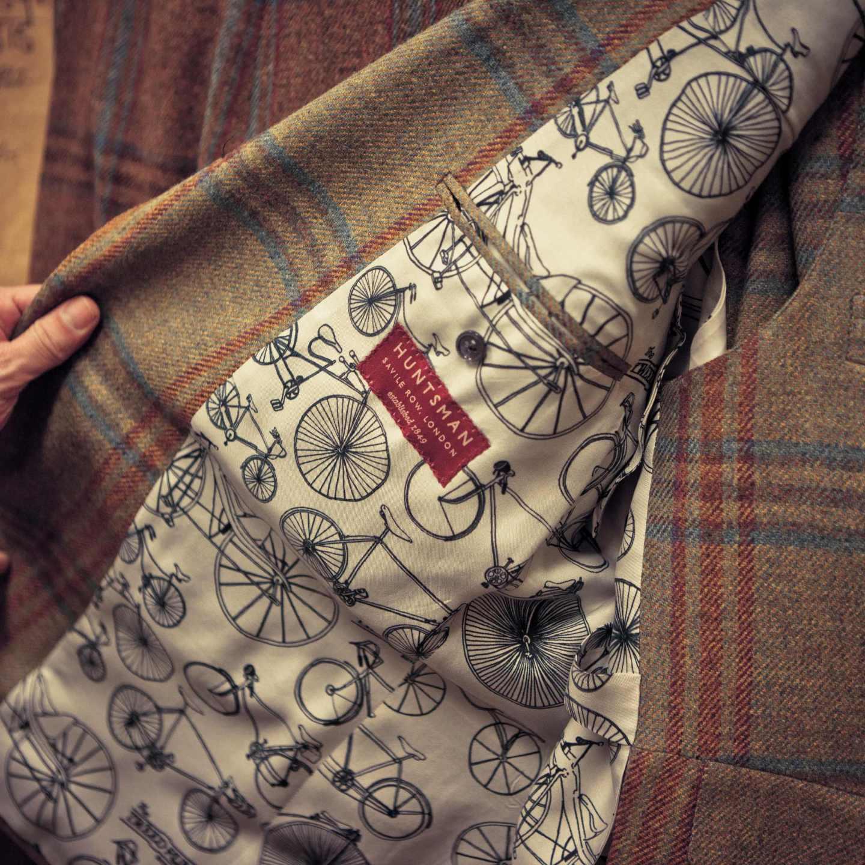 Savile Row – historia ekskluzywnego krawiectwa ręcznego na Mayfair.
