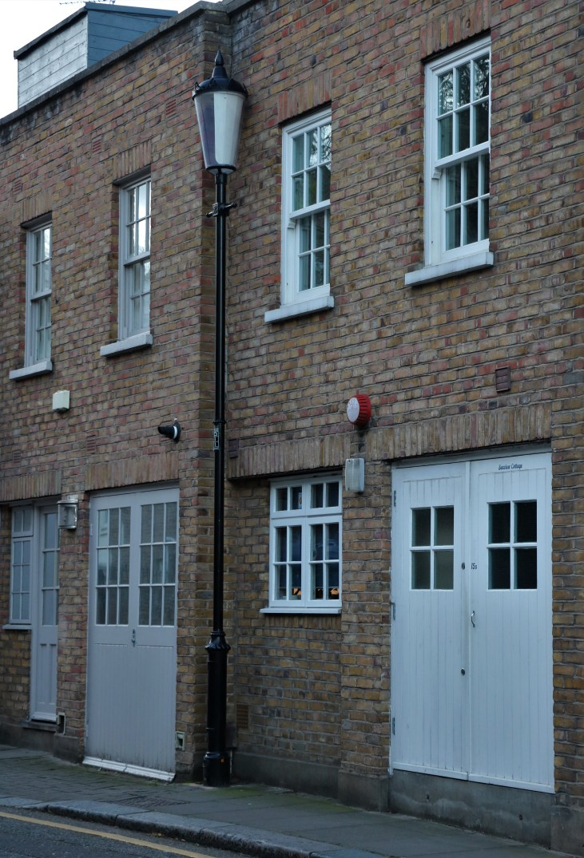 Dom-mieszkalny-dawna-chlewnia-Pottery Lane-Notting Hill-Londyn