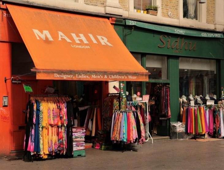 British-Bengali-Whitechapel Road-sklepy-odzieżowe