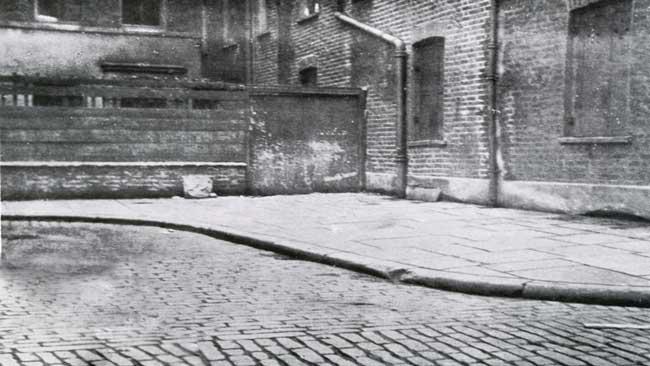 Mitre-Square-miejsce-zbrodni-Kuba-Rozpruwacz-Whitechapel-Londyn