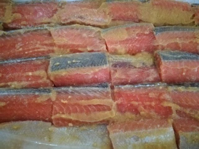 もち切りという魚の切り方をご存知ですか? 新潟の鮭の切り方です。
