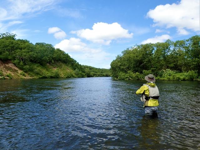 本流の渓流釣り