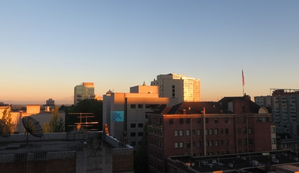 coucher de soleil sur les buildings de Seattle