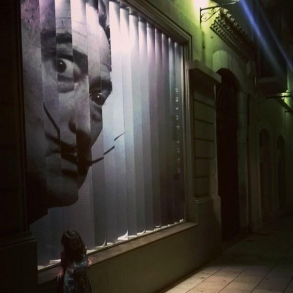 Dans les rues de Figueras la nuit