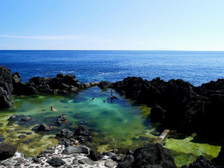 Piscine naturelle sur Sao Jorge