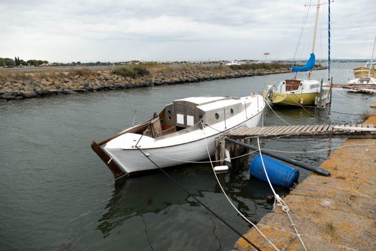 barque sur le canal du midi