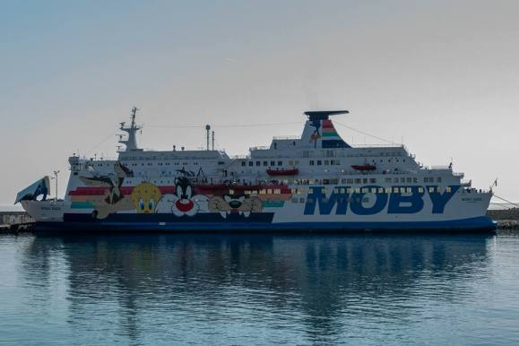 ferry moby lines