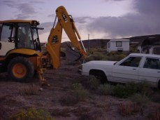 Backhoe Tugs Wt Car