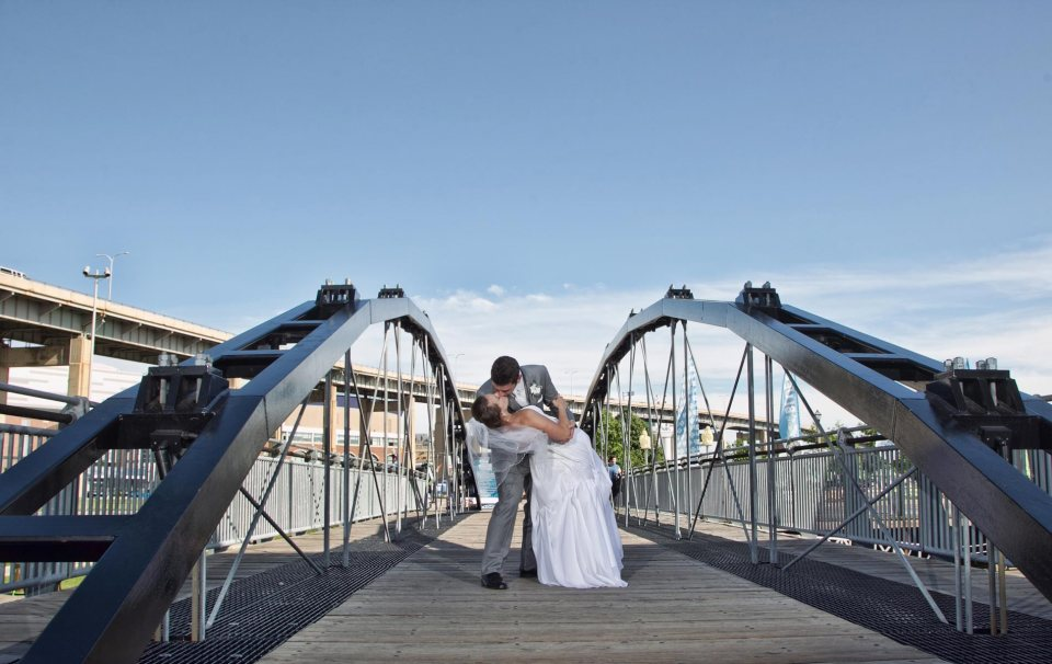 bride and groom fci photography canal side bridge buffalo