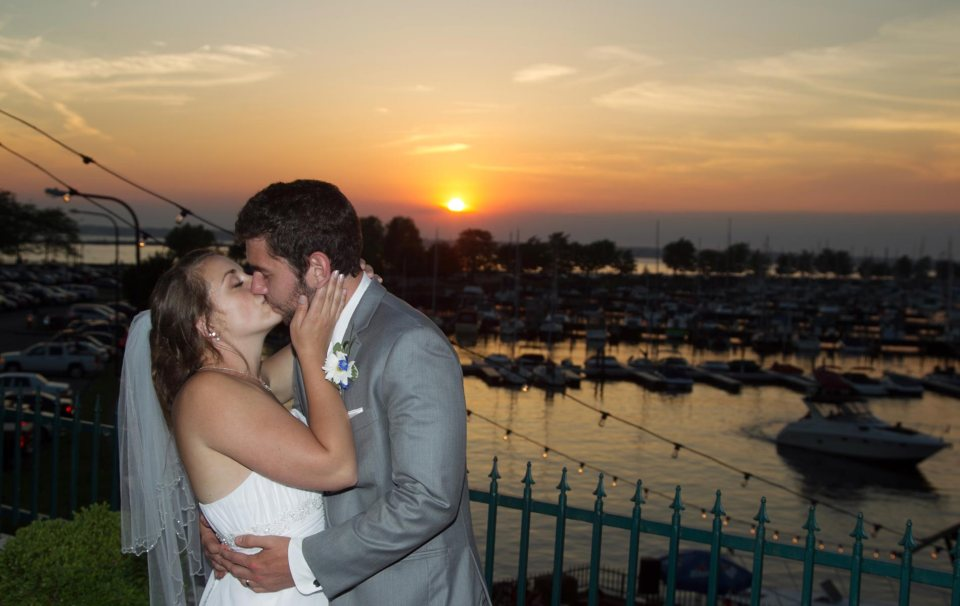 bride and groom fci photography templeton landing buffalo sunset