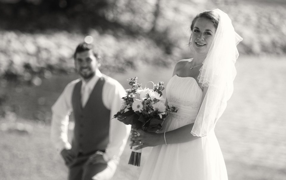 bride and groom fci photography water front buffalo2