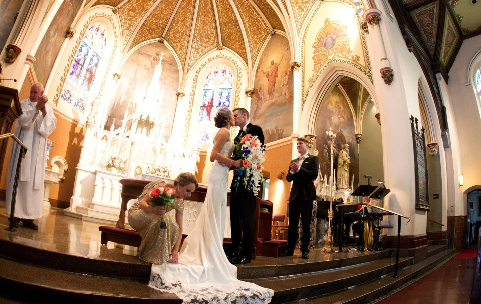 Buffalo-weddings-bride-and-groom-church-ceremony2