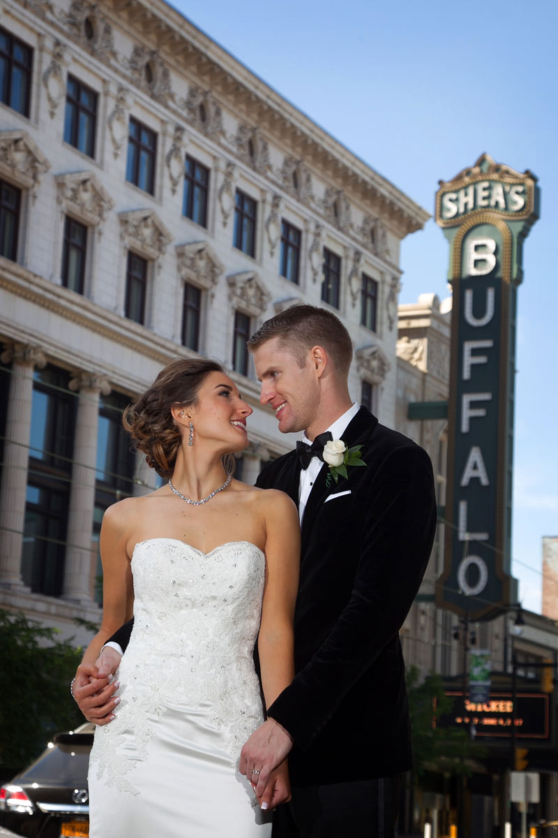 Buffalo-weddings-bride-and-groom-Sheas-theatre