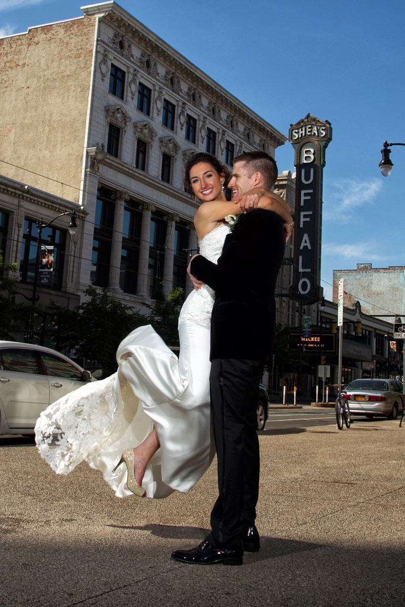 Buffalo-weddings-bride-and-groom-Sheas-theatre2
