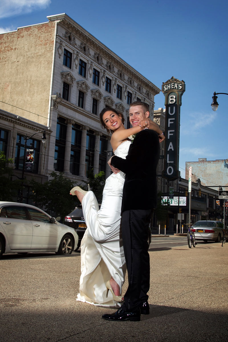 Buffalo-weddings-bride-and-groom-Sheas-theatre3