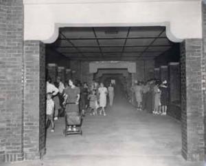 The Toledo Zoo Aquarium old main hall with visitors. Photo credit: Toledo Zoo.
