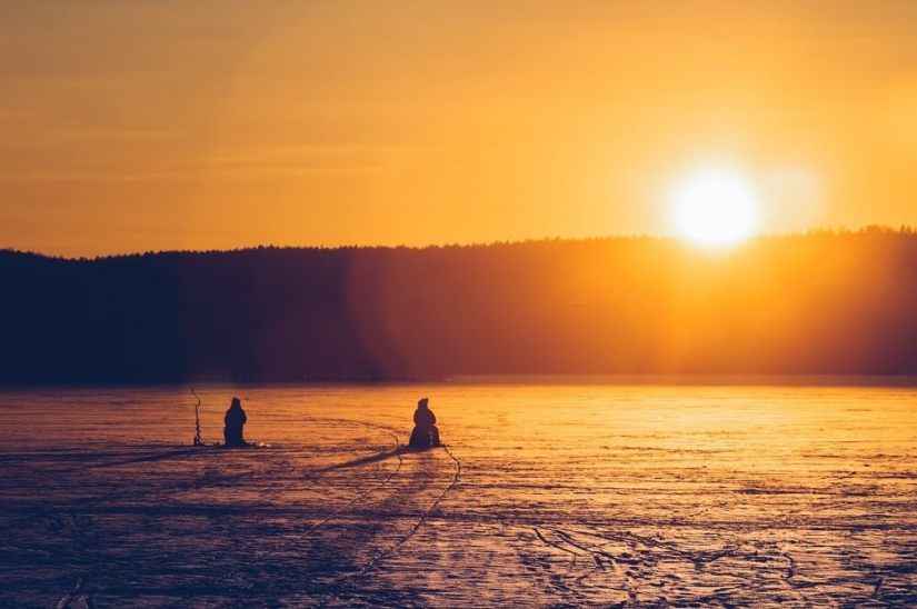 Ice-Fishing-Sunset-View
