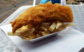 FISH AND CHIP RESTAURATEUR RECOGNISED