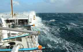 COUNTRIES SIGN SAFETY AT SEA